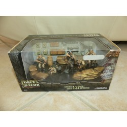 FIGURINE US 101 st AIRBORNE DIVISION KUWAIT 1991 FORCES OF VALOR 83002 1:32