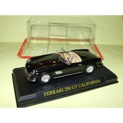 FERRARI 250 GT CALIFORNIA Noir FABBRI 1:43 sous coque