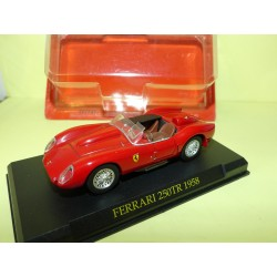 FERRARI 250 TR 1958 Rouge FERRARI GT COLLECTION HACHETTE 1:43 sous coque