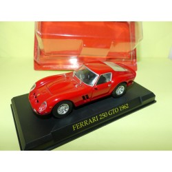 FERRARI 250 GTO 1982 Rouge FERRARI GT COLLECTION HACHETTE 1:43 sous coque