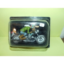 FIGURINE MOTO JOE BAR TEAM N°33 AL LASPI SUR SA GUZZI 750 S 1:18