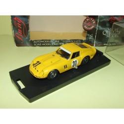 FERRARI 250 GTO N°31 SPA 1965 BANG 1:43  défaut