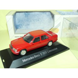 MERCEDES CLASSE E 320 LIMOUSINE W124 Rouge HERPA 1:43