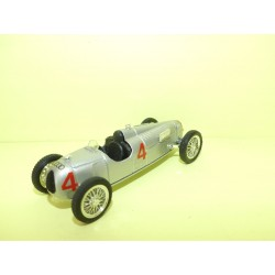 AUTO UNION TYPE C 1936 Voiture de Records BRUMM R38 1:43