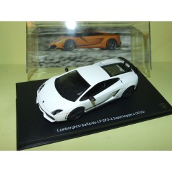 LAMBORGHINI GALLARDO 2003 Orange IXO PRESSE 1:43