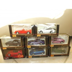 LOT DE 8 VOITURES PORSCHE JAGUAR LOTUS VW etc MAISTO