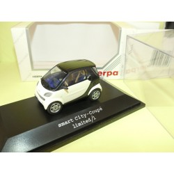 SMART CITY COUPE Blanc et Noir HERPA 1:43