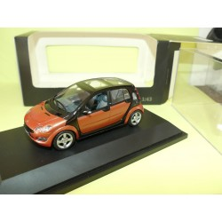 SMART FORFOUR Orange SCHUCO 1:43