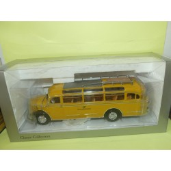MERCEDES O 3500 BUS DEUTSCHE BUNDESPOST MINICHAMPS 1:43