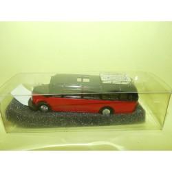 AUTOCAR CAR MERCEDES O 3500 DE LUXE Rouge Et Noir PRALINE HO 1:87 1028