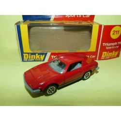 TRIUMPH TR7 SPORTS CAR DINKY 211 1:43
