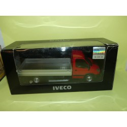 DAILY IVECO BENNE Rouge MONDO 1:43