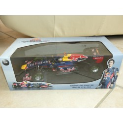 RED BULL RENAULT RB8 GP 2012 S. VETTEL MINICHAMPS 1:18