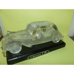CITROEN TRACTION EN VERRE CRISTAL DE MAGIC CRISTAL 20 cm sans boite