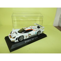 PORSCHE GT1 Version Course sur base ALTAYA 1:43