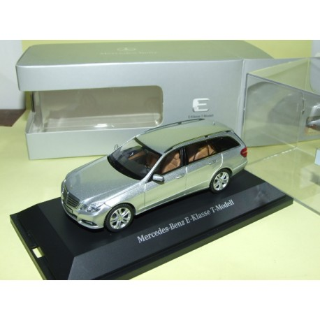 MERCEDES CLASSE E BREAK W212 Gris SCHUCO 1:43