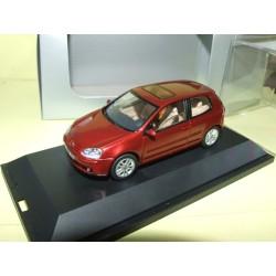 VW GOLF V 3 Portes Bordeaux  SCHUCO 1:43