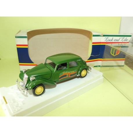 CITROEN TRACTION 15CV VERT LOOK AND LIKE sur base SOLIDO 1:43
