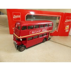 BUS LONDONIEN DOUBLE DECKER COCA COLA SOLIDO 1:50
