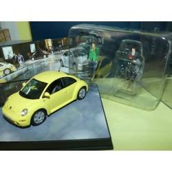 VW NEW BEETLE 1999 Jaune avec 2 figurines VITESSE 1:43