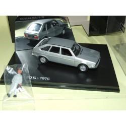 RENAULT 30 TS 1976 Gris NOREV avec une figurine 1:43