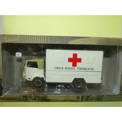 CAMION D'AUTREFOIS N°65 SIMCA Cargo 4x4 Ambulance Croix rouge 1959 ALTAYA 1:43