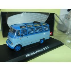 MERCEDES O 319 BUS Bleu SCHUCO 02814 1:43