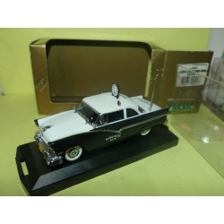 FORD FAIRLINE 1956 RADAR POLICE DE NEW YORK VITESSE L092 1:43