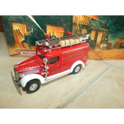 GMC RESCUE SQUAD FIRE TRUCK 1937 POMPIERS MATCHBOX YFE10 1:43