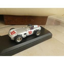 MERCEDES W196 GP 1954  J.M. FANGIO KIT STARTER 1:43 Champion du Monde