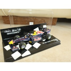 RED BULL RENAULT RB7 GP 2011 S. VETTEL MINICHAMPS 1:43