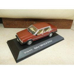 VOLVO 760 GLE Version USA ATLAS 1:43 sur socle sans boite