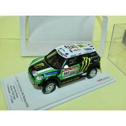 MINI COUNTRYMAN ALL4 N°302 RALLYE PARIS DAKAR 2012  PETERHANSEL TSM MODEL 1:43