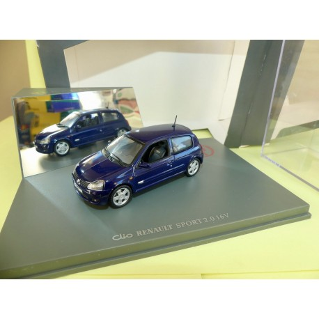 RENAULT CLIO II Phase 2 SPORT 2.0 16V 2001 Gris UNIVERSAL HOBBIES 1:43