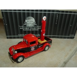 INTERNATIONAL C PICK UP TEXACO AVEC PUMP MATCHBOX 92124 1:43