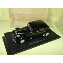 CITROEN TRACTION 15 SIX G 1939 Noir UNIVERSAL HOBBIES 1:43 blister
