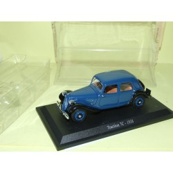 CITROEN TRACTION 7C 1938 Bleu et Noir UNIVERSAL HOBBIES 1:43 blister