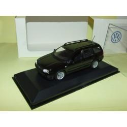 VW BORA VARIANT Noir MINICHAMPS 1:43