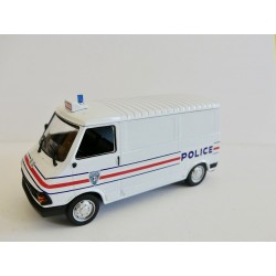 CITROEN C35 POLICE ALTAYA 1:43 sans boite défaut