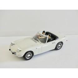 TOYOTA 2000 GT Blanc UNIVERSAL HOBBIES 1:43 sans boite