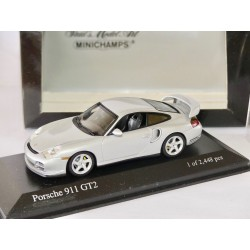 PORSCHE 911 GT2 996 2001 Gris Clair MINICHAMPS 1:43