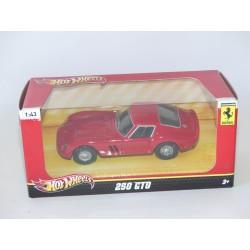 FERRARI 250 GTO Rouge HOTWHEELS 1:43 boite carton
