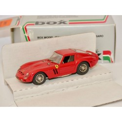 FERRARI GTO 1962 Rouge BOX BEST 8401 1:43
