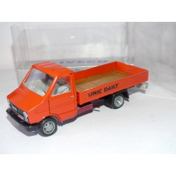 CAMION IVECO UNIC DAILY 35.8 Benne Orange OLD CAR 1:43