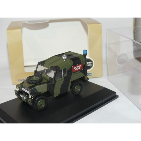 LAND ROVER 1/2 TON MILITARY POLICE OXFORD DIECAST 1:43