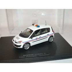 RENAULT SCENIC II Phase 1 POLICE MUNICIPAL VENISSIEUX UNIVERSAL HOBBIES 1:43