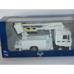 CAMION MAN NACELLE NEW RAY 1:43
