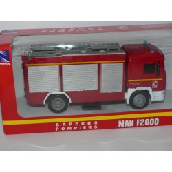 CAMION MAN F2000 SAPEURS POMPIERS NEW RAY 1:43