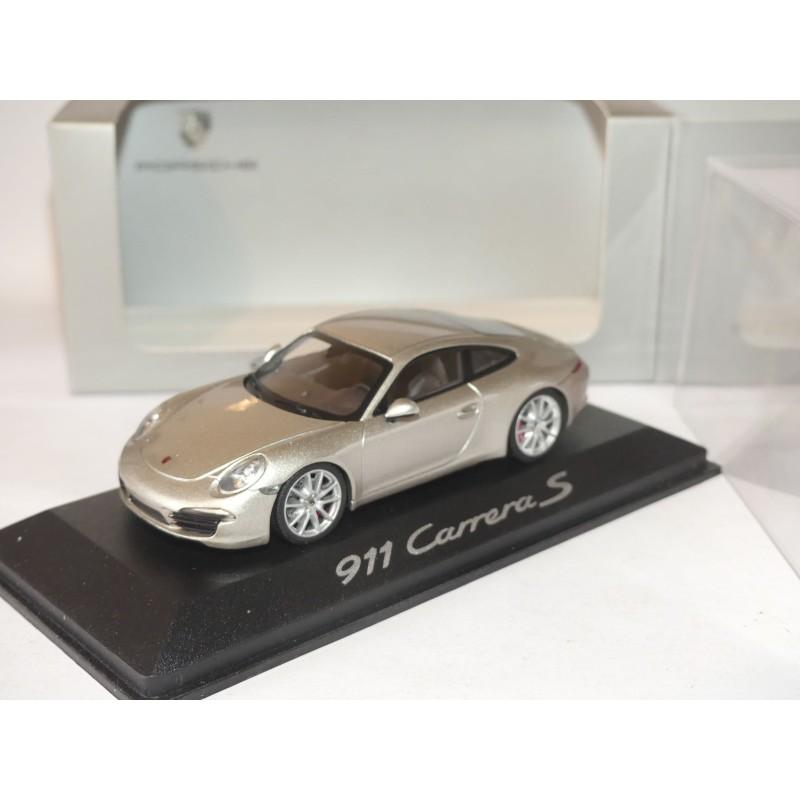 PORSCHE 911 CARRERA S 991 Platinium Silver MINICHAMPS 1:43