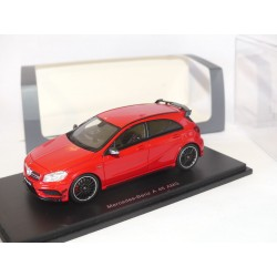MERCEDES A45 AMG Rouge SPARK S1075 1:43